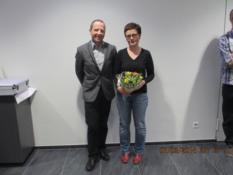 Anton Hänni (neuer Kantonalpräsident) und Sandra Mäder (neue Sportchefin)