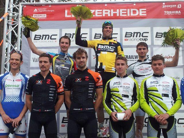 Christian Schneeberger oben links als Zweiter.